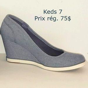 NWOT blue Keds heel wedge shoes , size 7